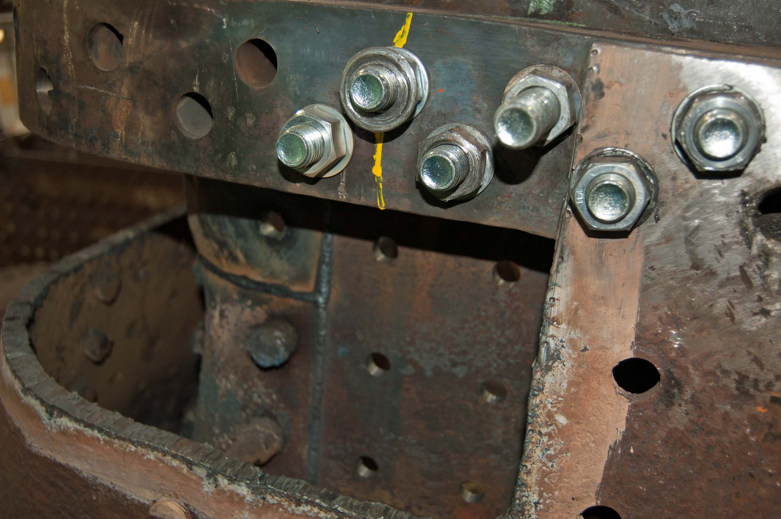 There are still some parts of the outer firebox that need replacing
