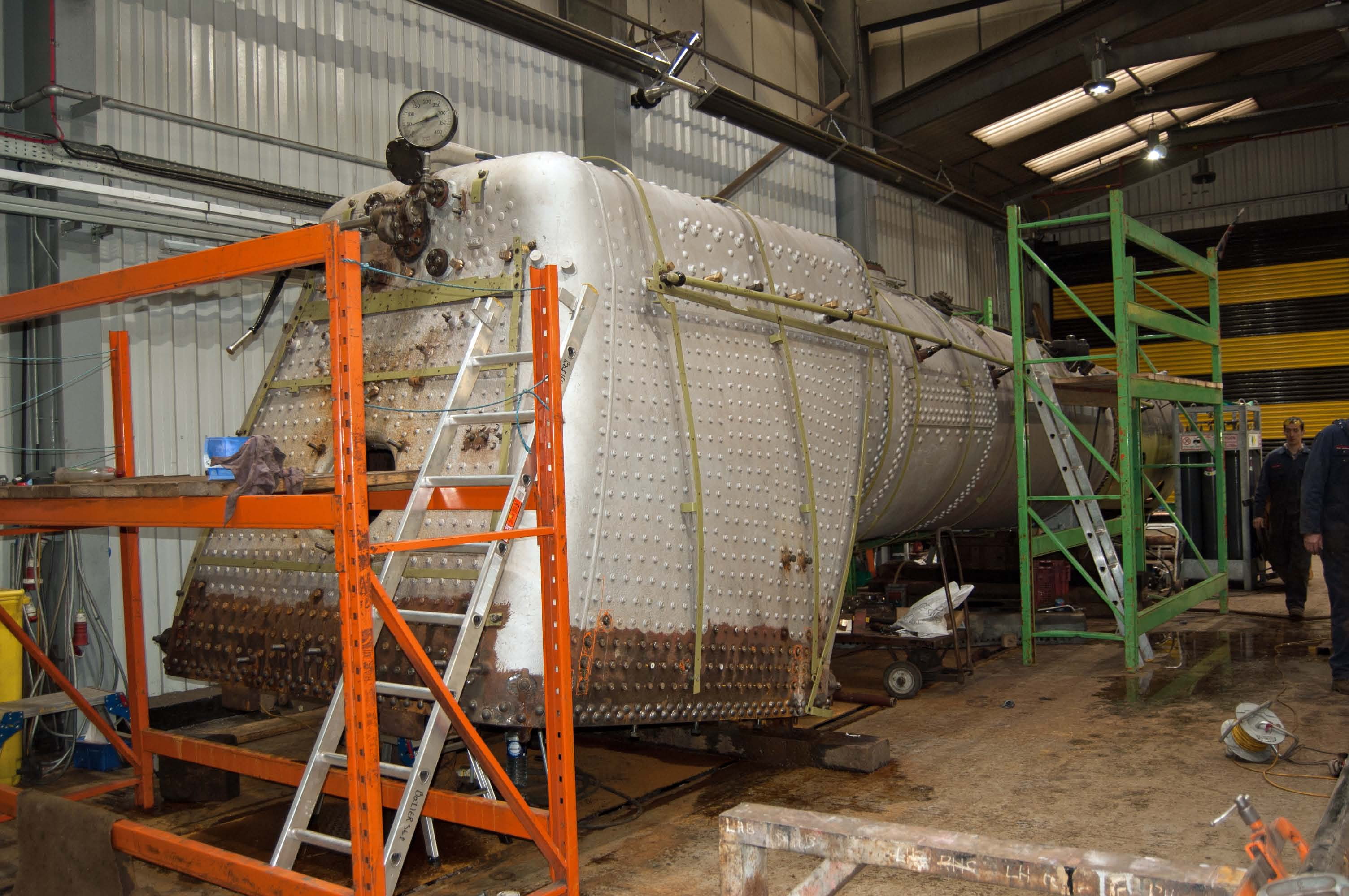 The boiler is prepared for the official hydraulic test